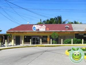 Restaurante Chiquita cerca del muelle de Tela Honduras