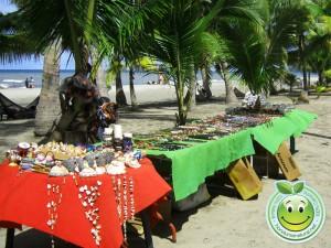 Venta de artesanias en Tela Honduras